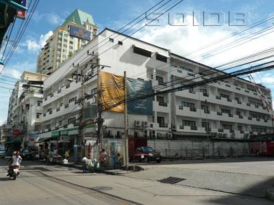 アドミラル・スイーツ・エグゼクティブ・サービスアパートの写真
