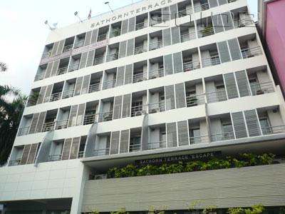サトーン・テラス・アパートメントの写真