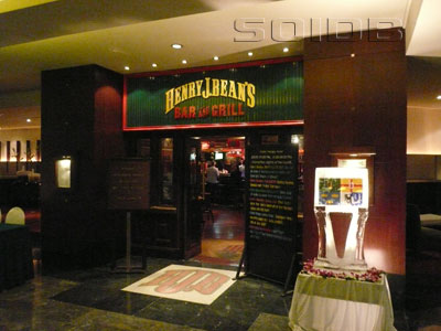 A photo of Henry J. Bean's Bar & Grill - Amari Watergate Hotel