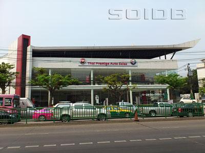 アルファ・ロメオ(タイ・プレステージ・オート・セールス) - ショールームの写真