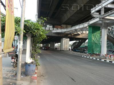 A photo of Sukhumvit Road