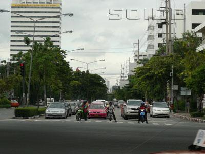 アンリ・ドゥナン通りの写真