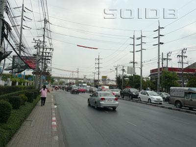 シーナカリン通りの写真