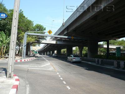 A photo of Arun Amarin Road