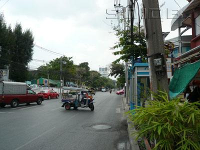 ภาพของ ถนนนางลิ้นจี่ - แยก ถนนจันทน์ตัดใหม่