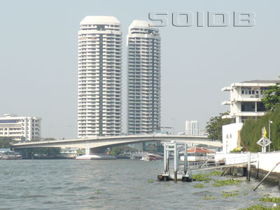 Somdet Phra Pinklao Bridge