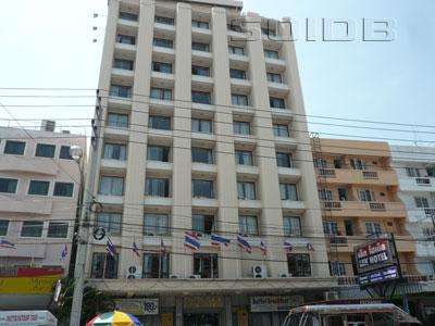 A photo of Lek Hotel