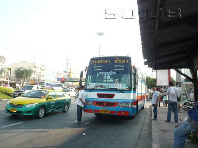ภาพของ รถไปกรุงเทพ - พัทยากลาง