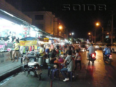 A photo of Food Village - Opposite to Wat Chai (after mid-night)