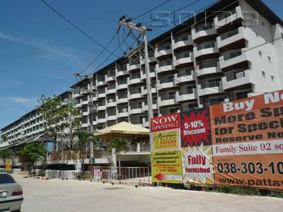 A photo of Jomtien Plaza Condominium