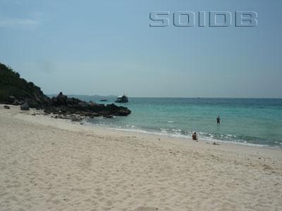 ターヤイ・ビーチ - ラン島の写真