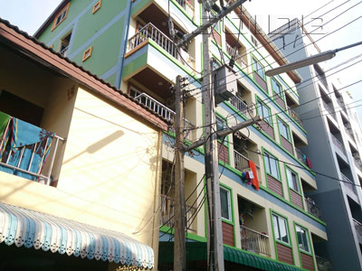 A photo of Chotchai 2 Apartment
