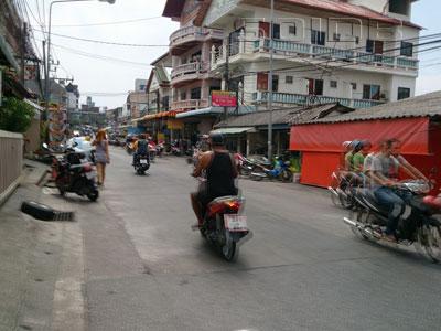 A photo of Nanai Road
