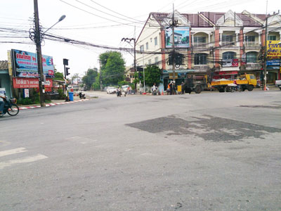 A photo of Srisena-Anupas Phuketkarn Intersection