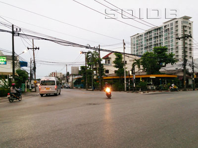 A photo of Takraeng Intersection