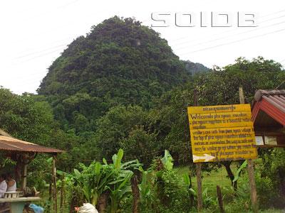 A photo of Pha Ngeun Mountain (Signboard)
