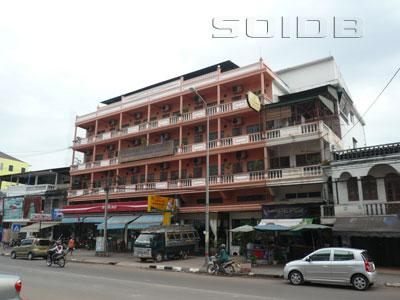 ブッサダ・カム・ホテルの写真