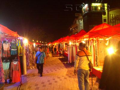 ナイトマーケット - チャオ・アヌウォン公園の写真